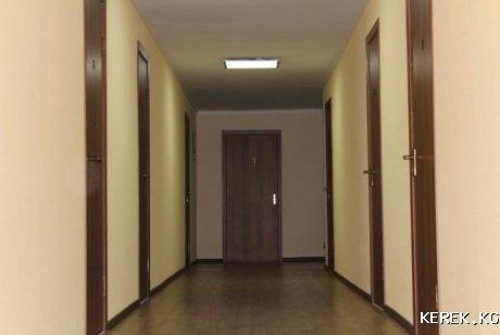 Продаётся гостиница в городе Каракол 495кв.м участок 28 соттых подробности по телефону 0551905100